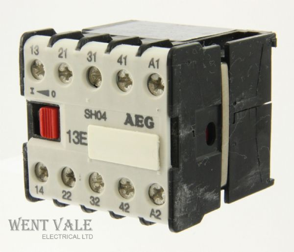 AEG SH04-910-302-182-81 -16a 13E 4 Pole Mini Control Relay 240vac Coil Un-used